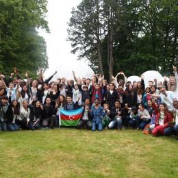 """Ist die Welt noch zu retten? Experten aus Justiz, Politik, Wissenschaft und Gesellschaft ermutigen junge Menschen beim """"Youth Summit 2015"""""""